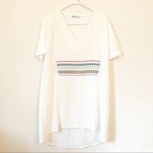 Zara White Embroidered Short Sleeve Shift Dress